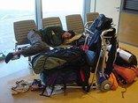 Cancellazioni e ritardi dovuti al maltempo, la causa di forza maggiore non esclude l'obbligo della compagnia aerea di dare congrua assistenza in aeroporto
